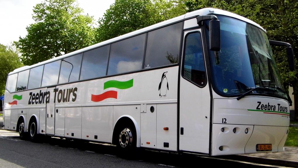 Met de bus naar vv Alverna