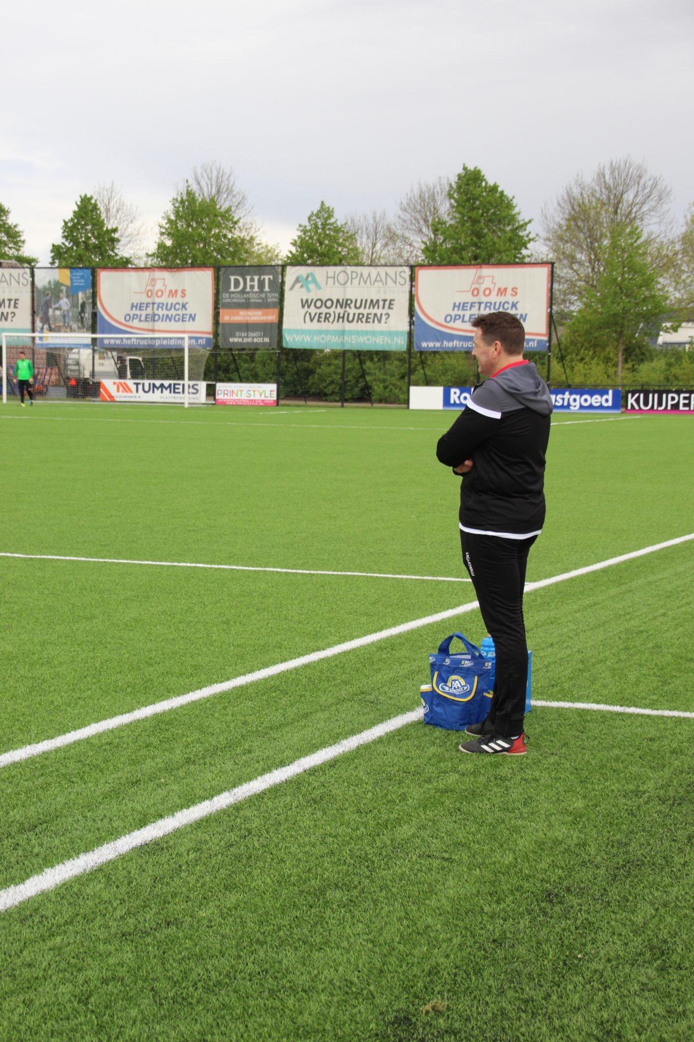 Ronald Adams ook volgend seizoen trainer DOSKO zon. 2